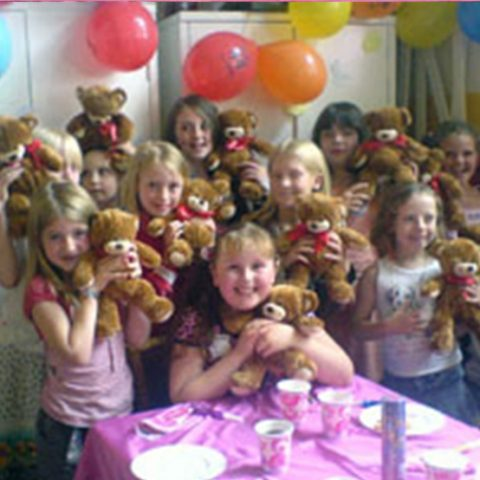 bear-making-party-3